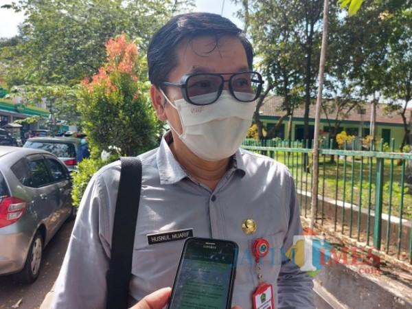 Kepala Dinas Kesehatan Kota Malang dr Husnul Muarif saat ditemui MalangTIMES.com, Jumat (16/7/2021). (Foto: Tubagus Achmad/MalangTIMES)