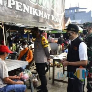 Bantu Warga Terdampak Covid-19, Wabup Blitar Minta ASN Sisihkan Gaji