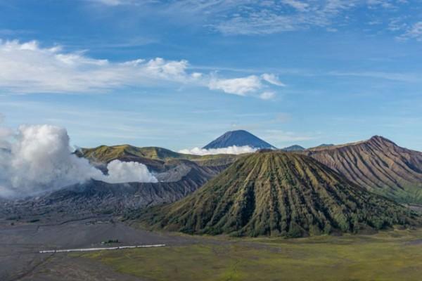 Ilustrasi Gunung Bromo yang berada di kawasan Taman Nasional Bromo Tengger Semeru. (Foto: Kompas.com)