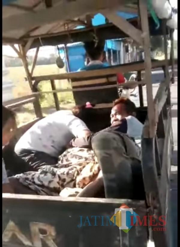 Gambar Screenshoot video yang tersebar di Facebook.