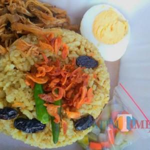 Harum dan Gurihnya Nasi Kebuli Sultan di Banyuwangi Ini Bikin Lupa Diet