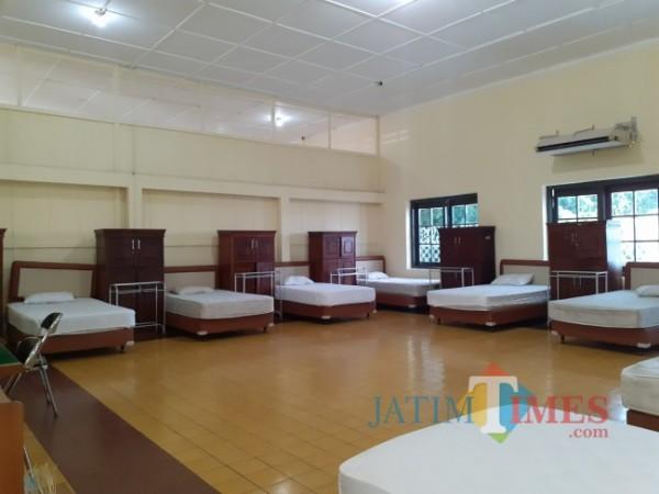 Bed untuk pasien Covid-19 di safe house Jl Kawi Kota Malang. (Arifina Cahyanti Firdausi/MalangTIMES).
