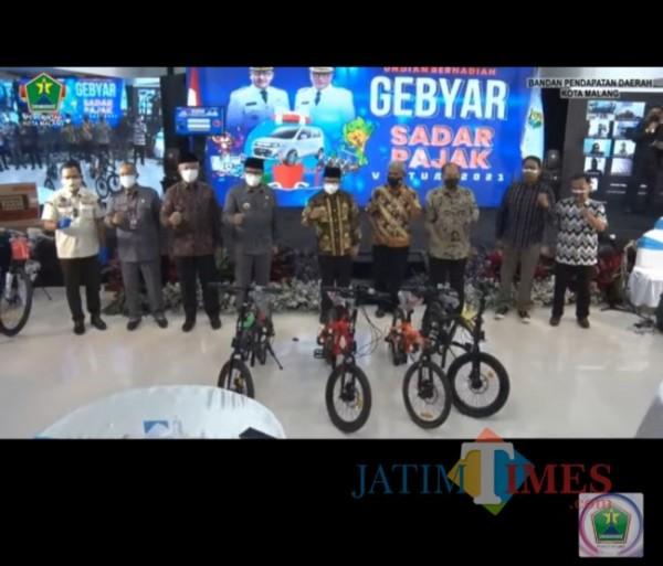 Gebyar Sadar Pajak 2021 Bapenda Kota Malang di Mini Block Office, Rabu (28/7/2021). (Foto: Youtube Pemkot Malang).