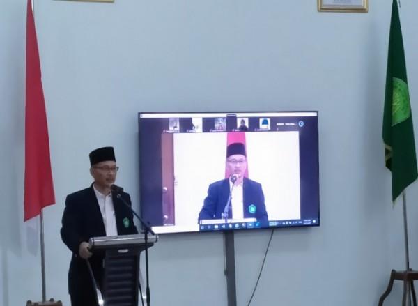 Prof Dr Abdul Haris kala memberikan sambutan pada sebuah kegiatan. (Doc MalangTIMES)