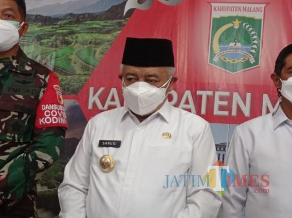 Bupati Malang HM Sanusi saat ditemui di Peringgitan Pendapa Kabupaten Malang (Hendra Saputra/MalangTIMES)