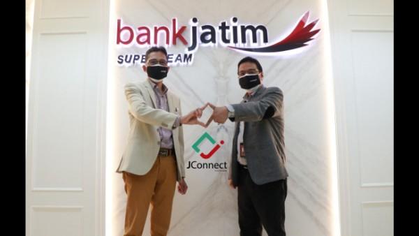 Direktur Utama Bank Jatim Busrul Iman