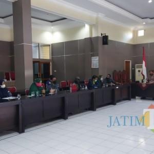 HMI Bondowoso Desak Pemkab Hidupkan PJU dan Pembukaan Akses Jalan