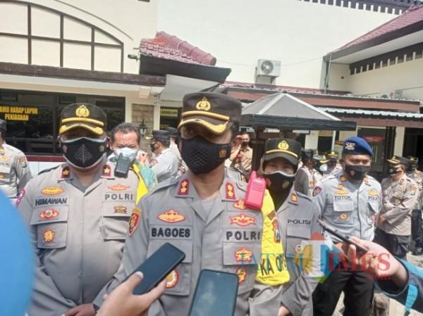 Kapolres Malang AKBP R Bagoes Wibisono saat dijumpai di halaman Mapolres Malang. (foto: Hendra Saputra/MalangTIMES)