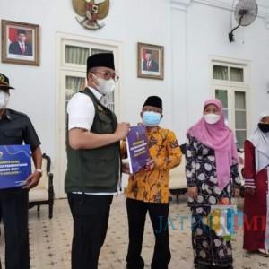 Bupati Bangkalan Kucurkan Bantuan Rp 1,3 Miliar bagi 45 Lembaga Non Pemerintahan