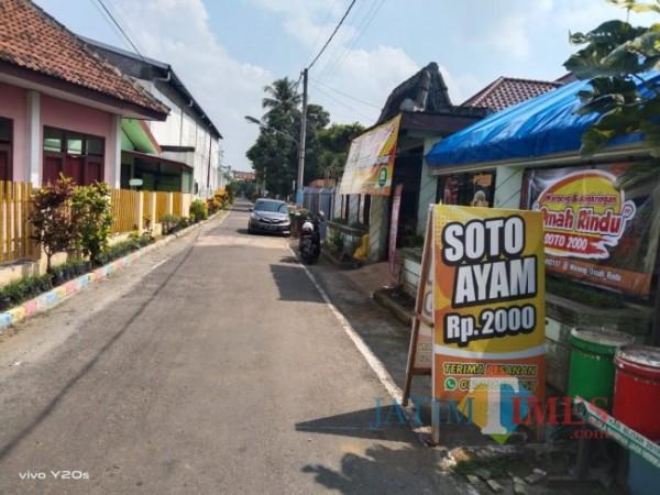 Omah Rindu menjual soto Rp 2.000 per mangkok.(Foto : Team BlitarTIMES)