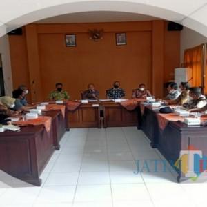 Waduh,. 61 Persen Sekdes PNS di Tulungagung Tak Bisa Operasikan Komputer, FKPD Desak DPMD Tarik Bertahap