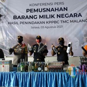 Rokok Polos Masih Mendominasi, KPPBC Malang Musnahkan Ribuan Barang Ilegal