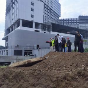 DPUPRPKP dan Komisi C DPRD Datangi Lokasi Pembangunan Jembatan Tlogomas, Ini Harapan Legislatif