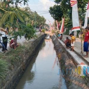 Seperti di Kampung Mrican Jogjakarta, Sungai di Tulungagung Ini Disulap Jadi Kolam Ikan