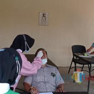 Pemeran Video Dangdutan Jalani Swab di Polres Malang, Istri Kades Berulah Seolah Tak Bersalah