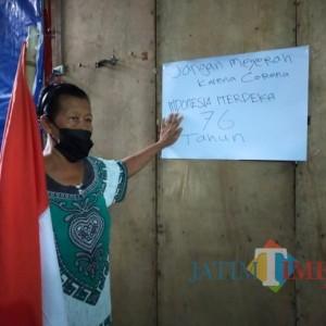 Optimis Merdeka dari Covid-19, Pedagang Kawasan Makam Bung Karno Kibarkan Bendera Merah Putih