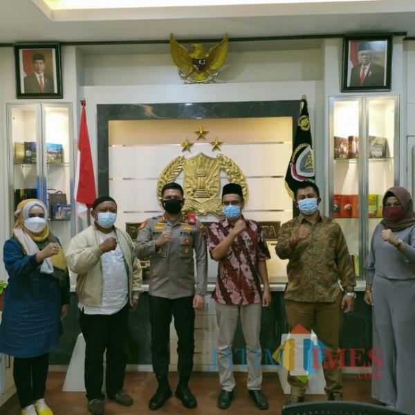 Tim Panitia Rumah Ibadah Bergerak saat bersilaturahmi dnegan Kapolresta Malang Kota, AKBP Budi Hermanto (Doc MalangTIMES)