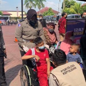 Ratusan Penyandang Disabilitas di Kabupaten Malang Divaksin