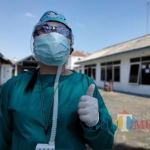 Pengabdian Yosephine Pratiwi, Jadi Dokter karena Pesan Sang Ayah