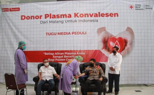 Suasana donor plasma konvalesen yang digelar di gedung DPRD Kota Malang, Kamis (12/8/2021). (Foto: Istimewa).
