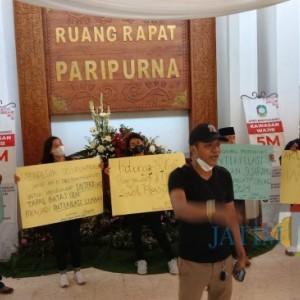 Ampibi Sayangkan Suara Wakil Rakyat Terbelah Sikapi Penggunaan Hak Interpelasi