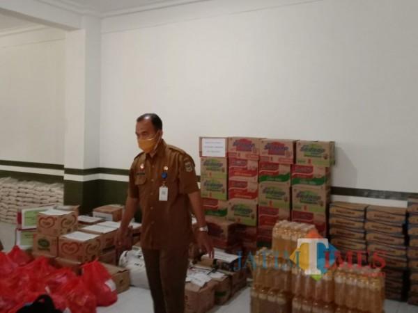 Sejumlah bantuan yang sudah terhimpun oleh Satgas ASN Peduli Covid-19 Kecamatan Kepanjen akan segera disalurkan.