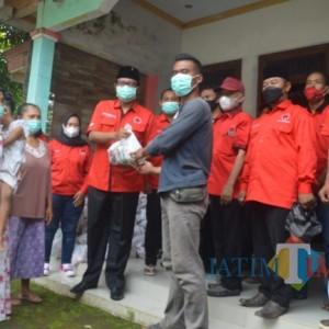 Peduli Wong Cilik, PDI Perjuangan Launching Posko Peduli Covid 19 Serentak
