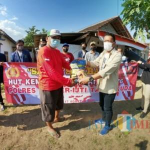Ultah ke-23, IJTI Tapal Kuda Gelontorkan Sembako kepada Warga Terdampak Covid-19