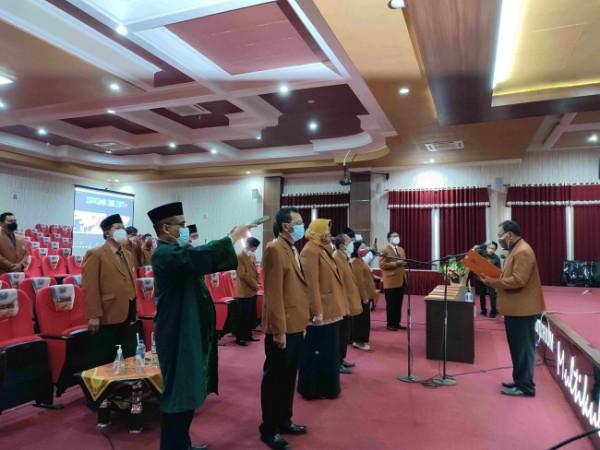 Pelantikan 90 pejabat struktural masa bakti 2021-2025 oleh Rektor Unikama (Ist)