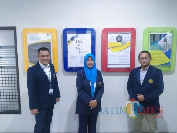 Dari kiri, Wakil Direktur 3 Dr rer pol Romy Hermawan SSos MAP, Wakil Direktur 1 Pendidikan Vokasi UB, Dr Ulfa Andayani SSi MSi dan Wakil Direktur 2, M. Kholid Mawardi, Ph.D(Anggara Sudiongko/MalangTIMES)