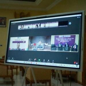 Wali Kota Kediri Bagikan Tips Bijak dan Cermat Gunakan Medsos ke Mahasiswa Baru UB Kediri