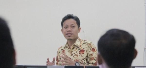 Ahmad Zaini SKom MT, kepala server dan jaringan Unikama. (Ist)