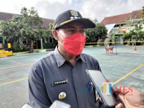 Camat Sumberpucung Yateno.(foto: Riski Wijaya/MalangTIMES).
