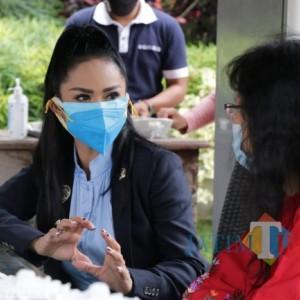 Tempat Wisata Tutup Jadi Dilema, Krisdayanti: Kesehatan Dulu Diutamakan