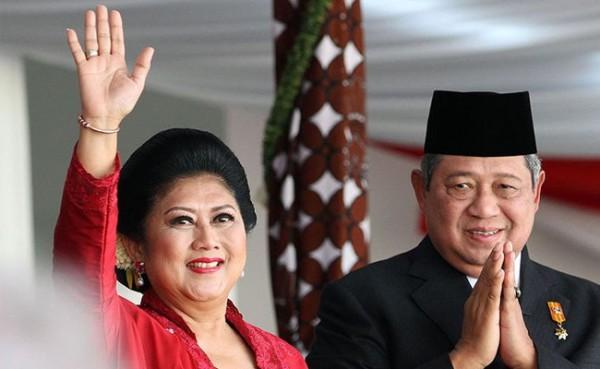 Ani Yudhoyono dan SBY (Foto: Kompas.com)
