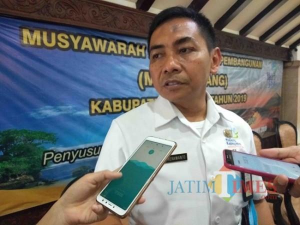 Kepala Bappeda Kabupaten Malang, Tomie Herawanto.(Foto: Riski Wiayanto/MalangTIMES).