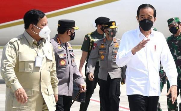 Prabowo Subianto (kiri) dan Presiden Joko Widodo. (Foto: Biro Pers Sekretariat Negara)