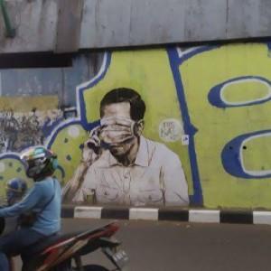 Setelah 404: Not Found, Kini Muncul Mural Mirip Jokowi dengan Masker di Mata