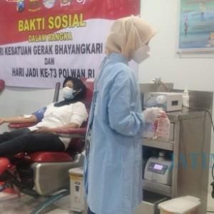 Selama PPKM Stok Darah PMI Menurun Sampai 30 Persen, Bhayangkari Polres Jember Kerahkan Ratusan Pendonor