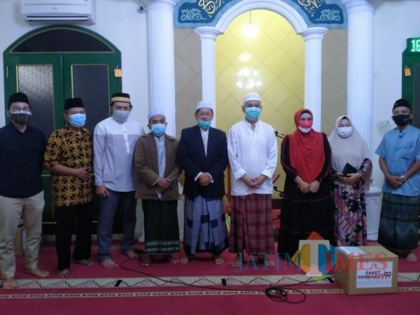 RIB menggelar Ngaji Covid di Masjid Taufiqurrahman Jl Jenderal Basuki Rahmad.(Foto: Anggara Sudiongko/MalangTIMES)