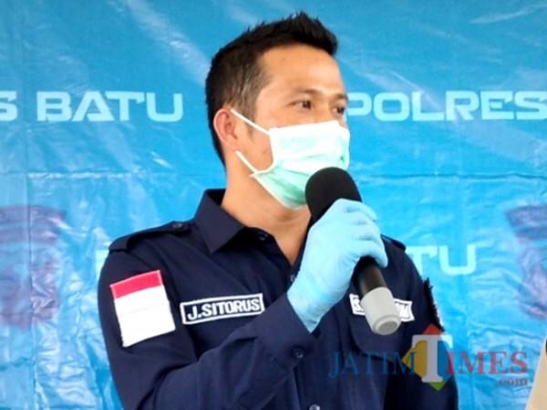 Kasat Reskrim Polres Batu, AKP Jeifson Sitorus. (Foto: Irsya Richa/MalangTIMES)