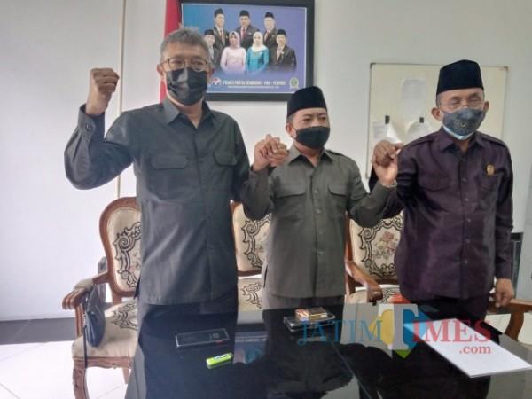 Ketua DPD PAN Kota Malang Lookh Makhfudz usai memberikan keterangan terkait kepengurusan DPD PAN Kota Malang periode 2020-2025 di Gedung DPRD Kota Malang, Senin (30/8/2021). (Foto: Dok. JatimTIMES)