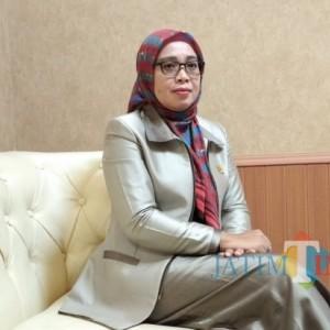 Dana PEN Fokus Perbaiki Jalan, Ini Kata Oktafiyani, Wakil Ketua DPRD Lumajang