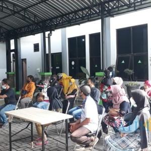 1.003 Pelaku UMKM Terdampak PPKM Dapat Bansos dari Diskopindag Kota Malang