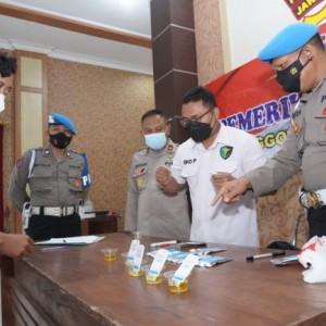 Antisipasi Penyalahgunaan Narkoba, Seluruh Anggota Polres Kediri Dites Urine