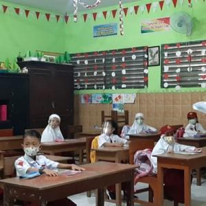 Giliran SD dan SMP di Gresik Gelar Pembelajaran Tatap Muka