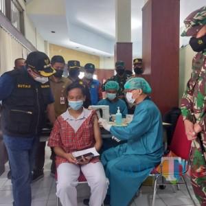 Genjot Vaksinasi Pelajar, Pemkot Malang Targetkan 2.500 Orang Divaksin Setiap Hari