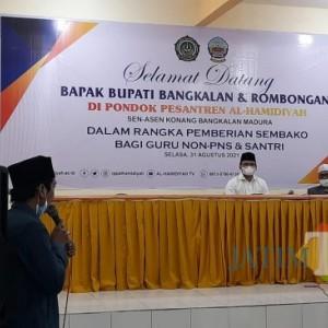 Blusukan ke Kecamatan Konang, Bupati Bangkalan Dapat Keluhan Tenaga Pendidik hingga Kualitas Infrastruktur