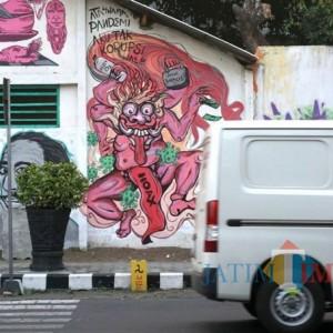 Keren, Pemkot Kediri Beri Ruang Komunitas Mural Kediri Berekspresi