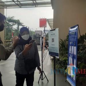 Masuk Mal di Kota Malang Pakai Aplikasi PeduliLindungi, Begini Pengalaman Pengunjung